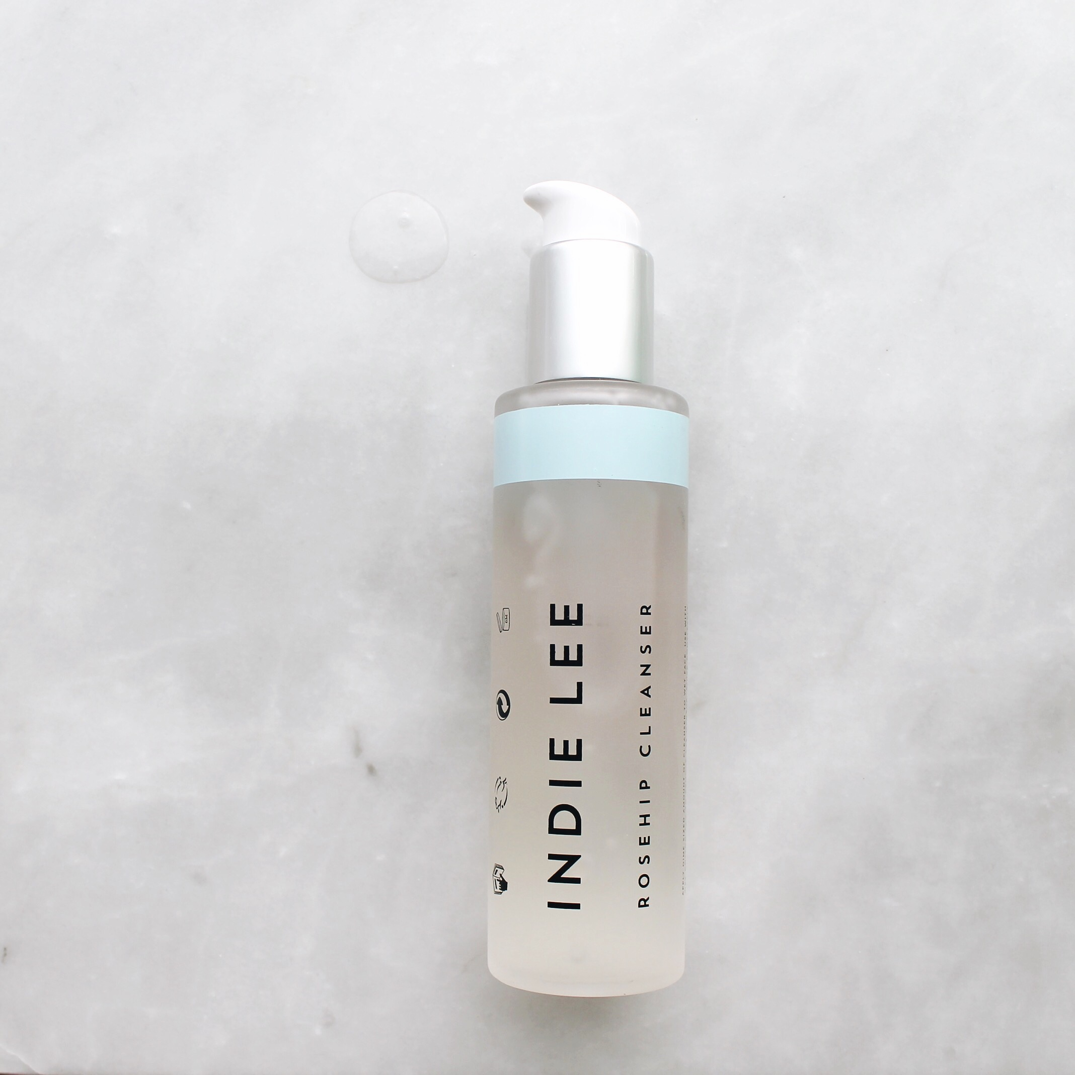 Indie Lee Rosehip Cleanser Review, Indie Lee, Rosehip Cleanser, Indie Lee Rosehip Cleanser, Brightening Cleanser, Indie Lee Brightening Cleanser, Natural Beauty, Natural Skincare, The Stell, The Stell New York